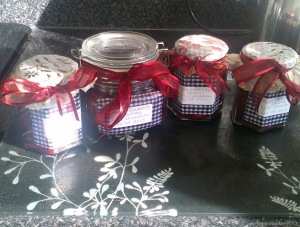 Apple and Blackberry Chutney