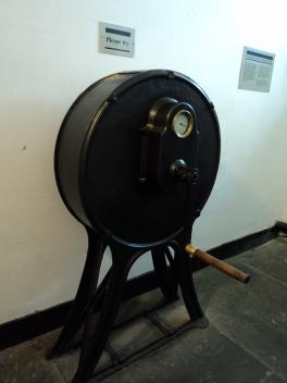The Crank machine..